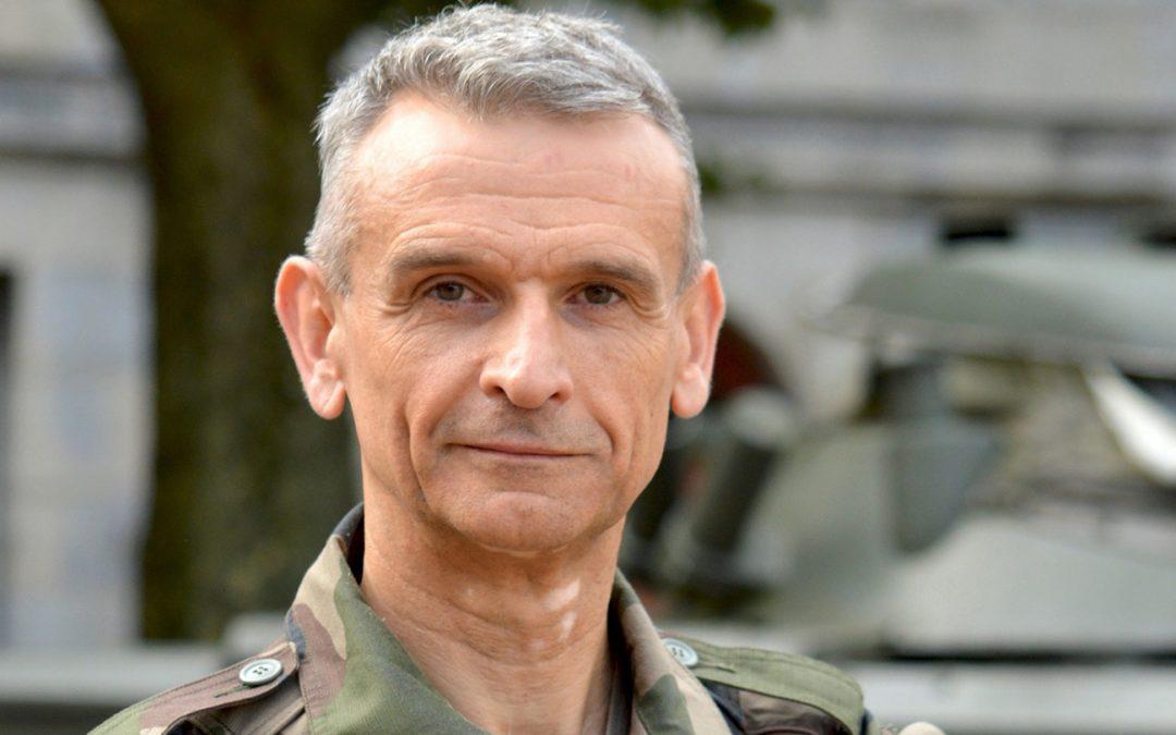 Adieux aux armes du Général de Division Blachon